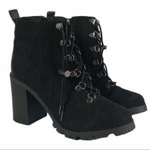 Qupid  Sorrento 17 size 7 Black Faux Suede Boots